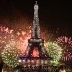 Le feu d'artifice du 14 juillet 2020 sur la Tour Eiffel à Paris confirmé